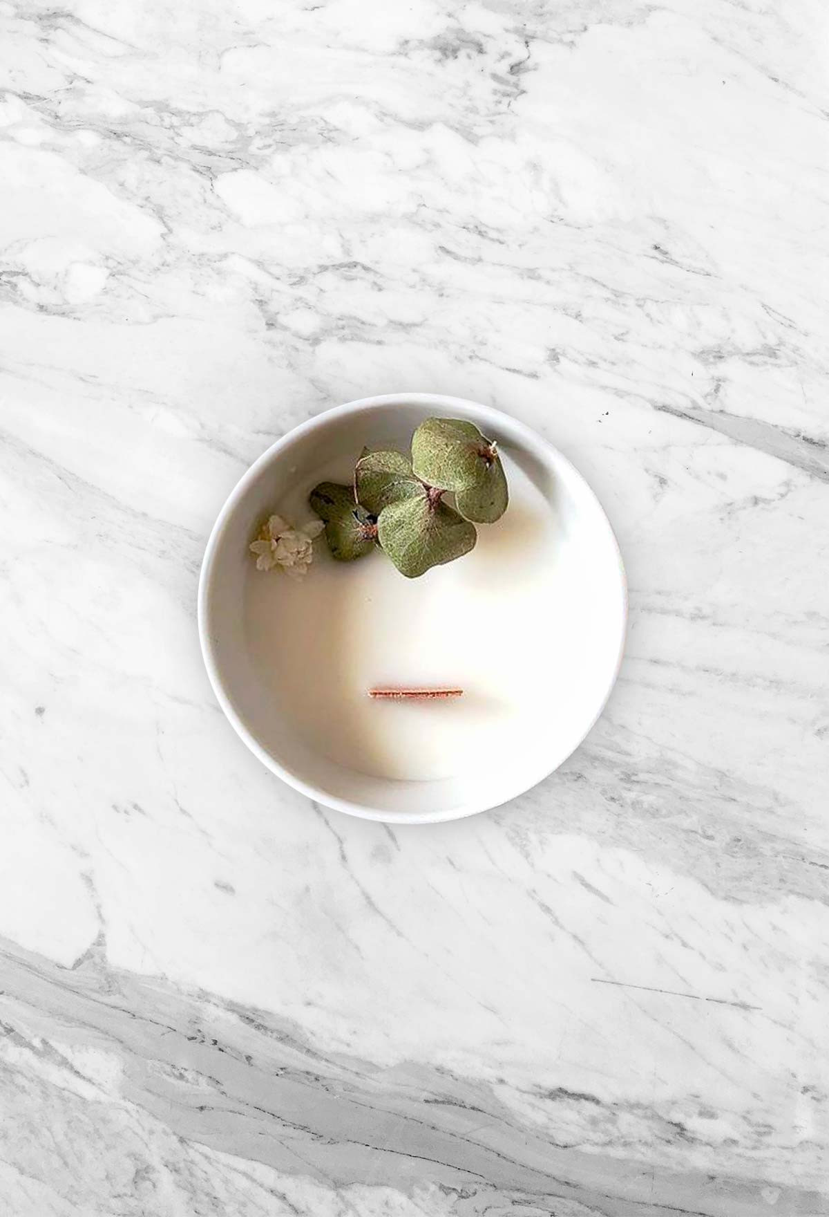 Floral candle - Eucalyptus - Small